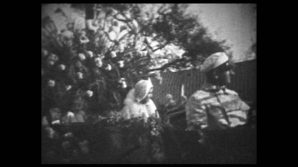 Film amateur : Bataille de fleurs à Nice